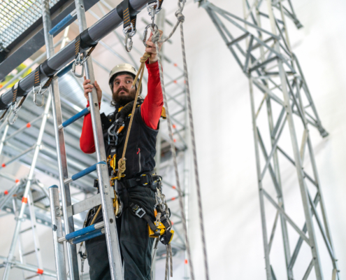 STC's Guide to Fall Protection Training in Honor of National Ladder Safety Month